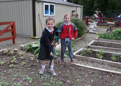 Scoil-Iosaf-School-Garden2